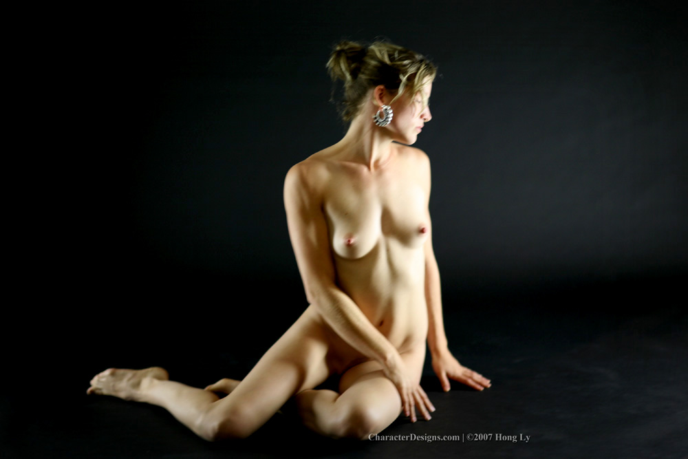 Drawing the nude in action